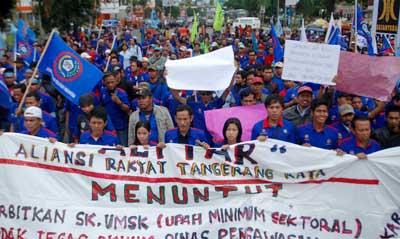 Demo Buruh di Tangerang Menuntut UMK Beberapa Waktu Lalu