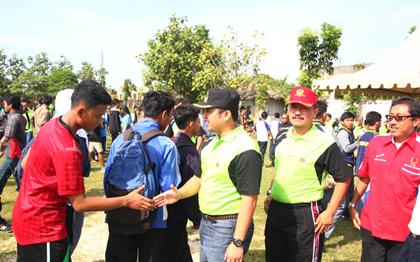 Walikota Tangerang Salami Atlet POPDA