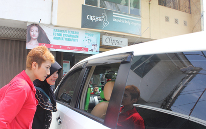 Bobol Kaca Mobil