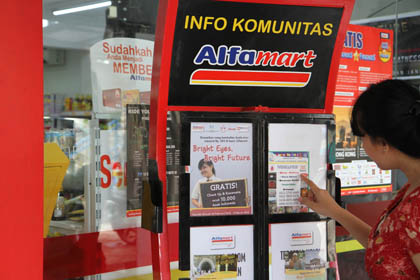 Community board Alfamart.