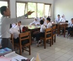 Praktek mengajar kurikulum 2013.(one)