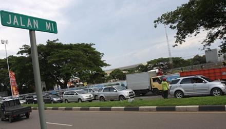 Penuiupan Jalan Pintu M1 Bandara Soetta