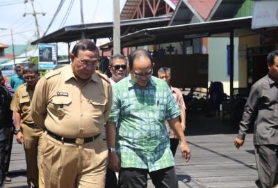 Walikota Bontang, Adi Darma saat menerima kunker Pemkot Tangsel.(hms)
