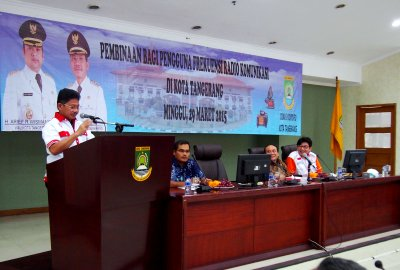 Wakil Walikota memberi sambutan pada kegiatan sosialisasi pengguna frekuensi.(hms)