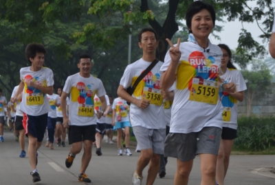 Peserta run for laprosy antusias.(man)