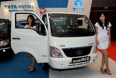 Tata Ace saat dipamerkan di POM 2015 Medan.(hms)