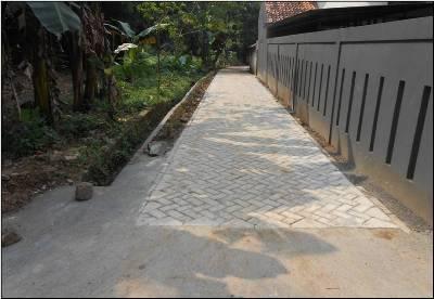 Peningkatan Jalan Lingkungan di Kelurahan Babakan.(hms)