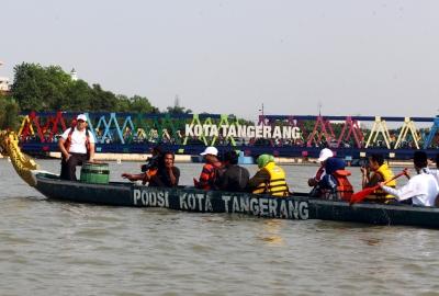 Walikota saat membuka Festival Cisadane 2015.(hms)