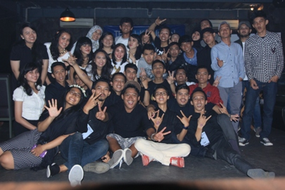 Akrab, alumni SMA 11 Tangsel foto bersama.(man)