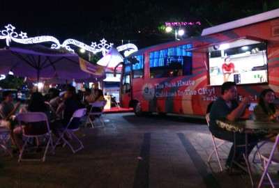 Foodtruck carnival di Living World.(bud)