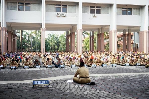 Suasa doa bersama untuk meminta hujan di Balaikota Tangerang. (ist)