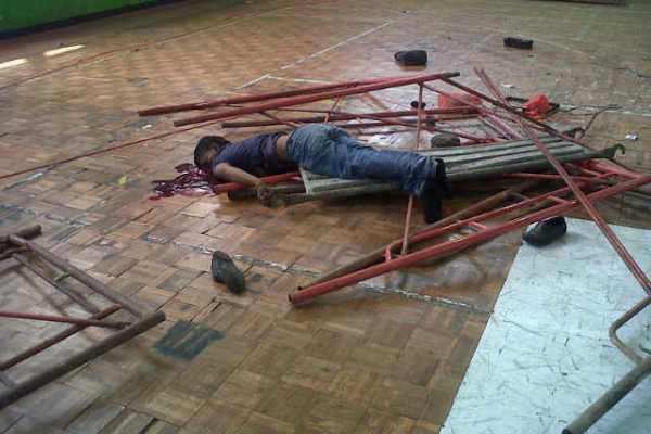 Nasir, korban kecelakaan kerja di GOR Tangerang. (nai)