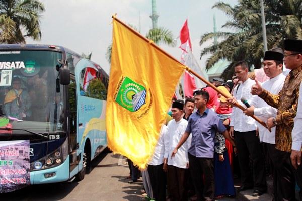 Pelepasan jamaah calon haji asal Kota Tangerang. (ist)