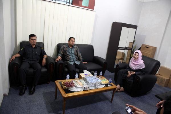 Walikota Tangerang saat sidak di PD Pasar. (ist)