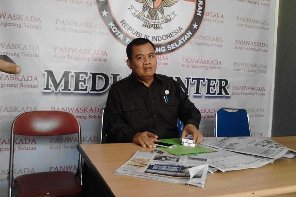 Ketua DPRD Kota Tangsel, M Ramlie. (one)
