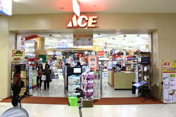 Ace Hardware. (bbs)