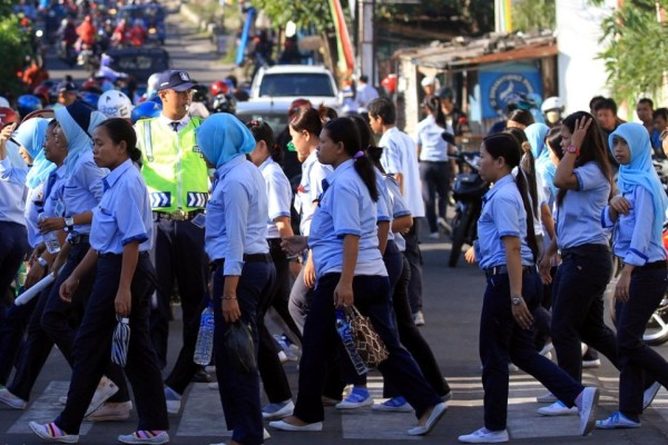 Puluhan Buruh di Tangsel Kena PHK