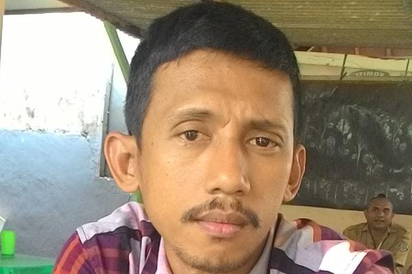 Anggota KPU Kota Tangsel, Sam'ani. (jok)