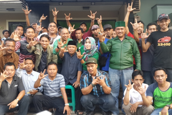 Pengurus dan kader PPP Kota Tangsel foto bersama. (jok)