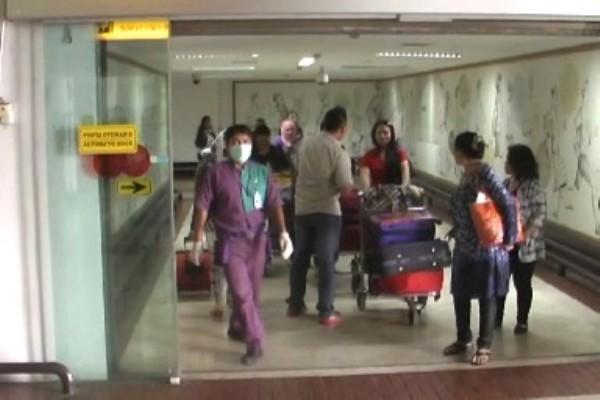 TKW dipulangkan dari Suriah tiba di Bandara Soekarno Hatta. (bon)