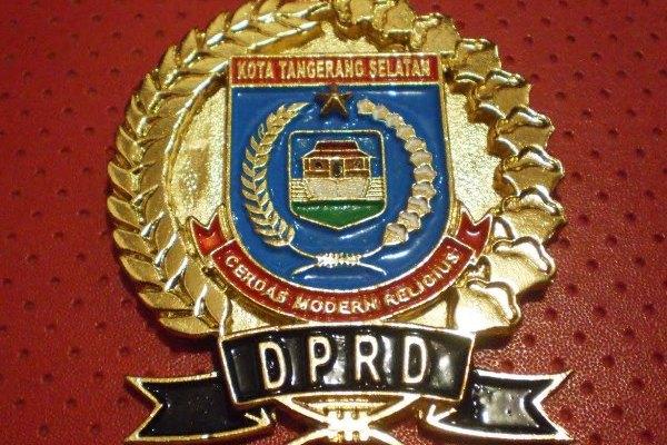 Logo DPRD Kota Tangsel. (bbs)