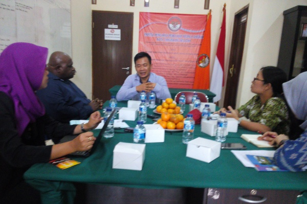 Kunjungan rombongan Komnas HAM ke Sekretariat Panwaskada Tangsel. (jok)