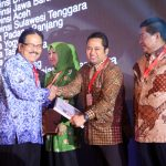 Walikota Tangerang Raih National Procurement Award
