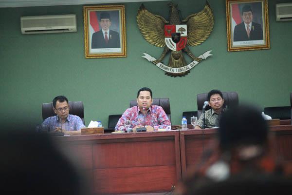 Walikota Tangerang Memimpin Rapat Evaluasi Kerja Lapangan