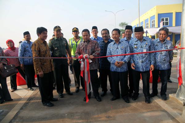 Walikota Tangerang Meresmikan Pinto Tol Karang Tengah Barat