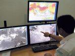 monitor pemantau cuaca BMKG