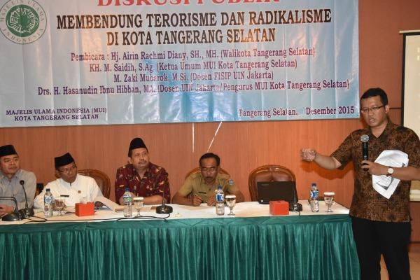 Diskusi membahas terorisme di Serpong yang digelar MUI Kota Tangsel. (man)