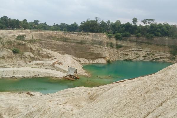 Galian pasir di Kampung Nagreg, Desa/Kecamatan Cisoka, Kabupaten Tangerang. (one)