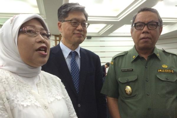 Kepala Puspiptek, Wakil Walikota Tangsel dan perwakilan WTA memberikan keterangan kepada wartawan. (one)