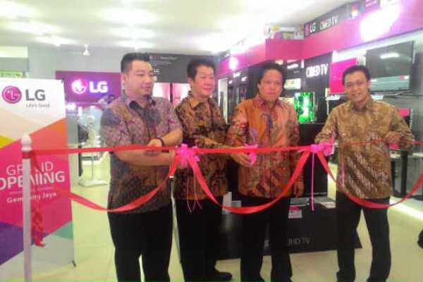 Peresmian LG Brand Shop di Kota Tangerang. (don)