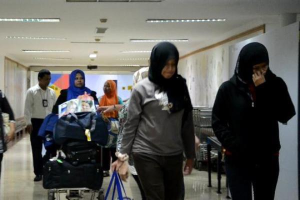 TKI Korban Perdagangan Manusia tiba di Bandara Soekarno Hatta. (nai)