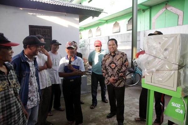 Walikota Tangerang, usai meresmikan kelompok peduli sampah GEMPAR 03. (ist)