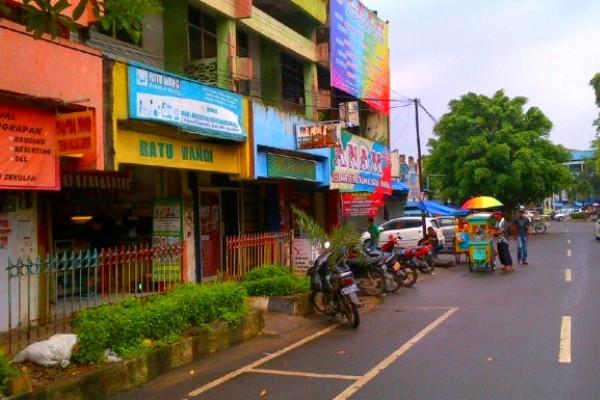 Kawasan Pasar Lama Kota Tangerang. (semenajukrasabanten)