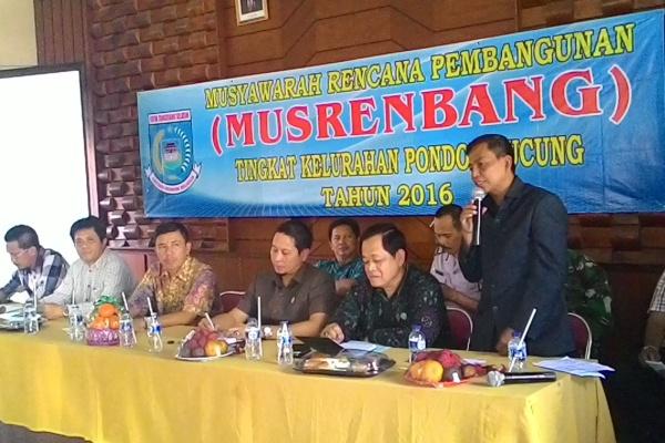 Musrenbang tingkat kelurahan di Kecamatan Pondok Aren. (hen)