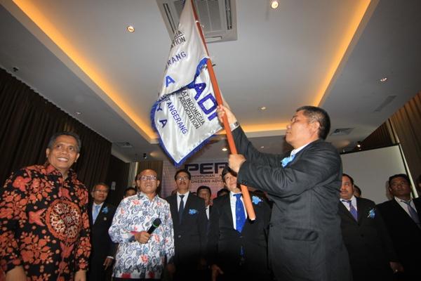 Pelantikan Ketua dan Pengurus DPC Peradi Tangerang Raya. (kie)