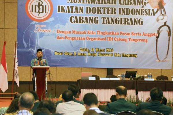 Walikota saat membuka Muscab IDI cabang Tangerang. (ist)
