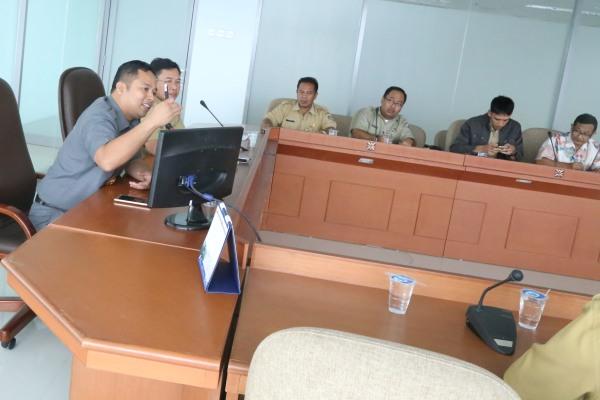 Walikota Tangerang menyampaikan usulan soal perpanjangan jalur Busway di Kota Tangerang. (ist)