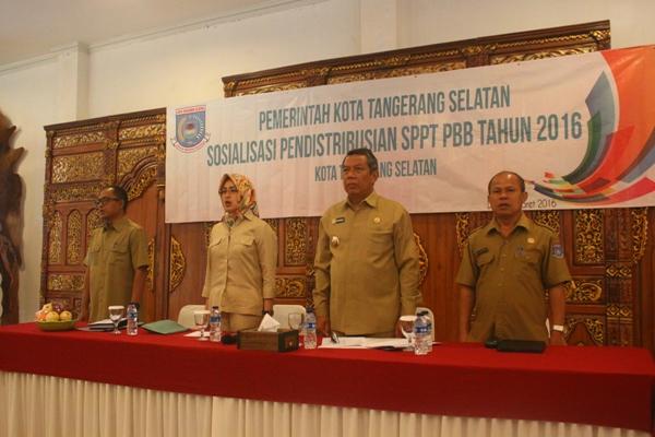 Sosialisasi Pendistribusian SPT PBB Tangsel di Serpong. (man)