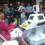 Mall Living World Manfaatkan Teknologi Robot