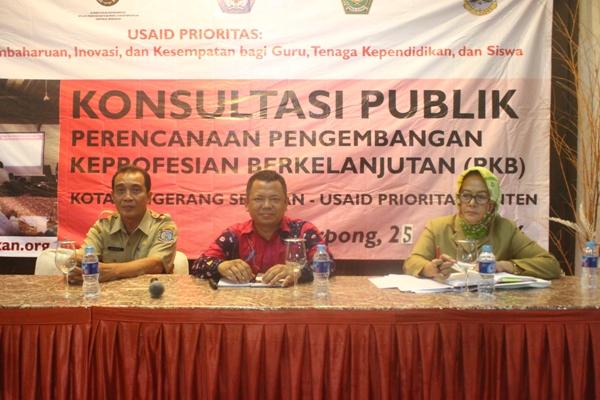 Konsultasi Publik Perencanaan PKB yang diselenggarakan oleh Dinas Pendidikan Tangsel bersama dengan Usaid Prioritas Banten di Kampung Anggrek, Serpong. (man)