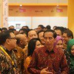Jokowi perintahkan menterinya garap e-commerce