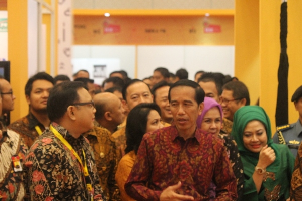 Presiden Jokowi saat membuka Indonesia e-Commerce Summit & Expo (IESE) di ICE BSD. (one)