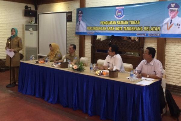 Kegiatan penguatan Satgas Perlindungan Anak yang digelar BPMPPKB Kota Tangsel di Resto Kampung Anggrek, Serpong. (man)