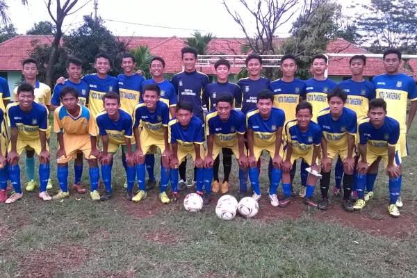 Tim Sepakbola Popda Kota Tangerang. (feb)
