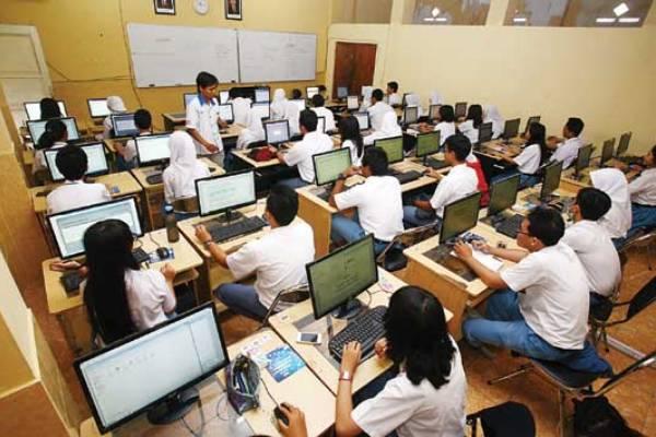 Ilustrasi UN Online Foto: zakiy.my.id