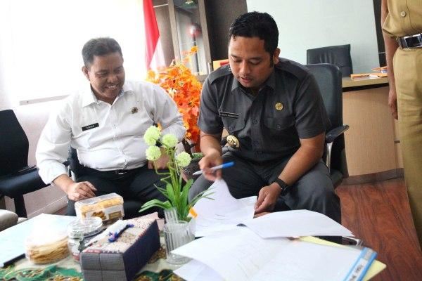 Walikota Tangerang saat koordinasi dengan BPN Kota Tangerang. (ist)